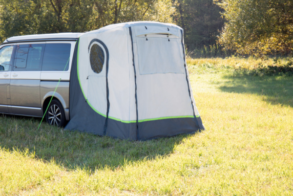 Rear tent for recreation vehicles